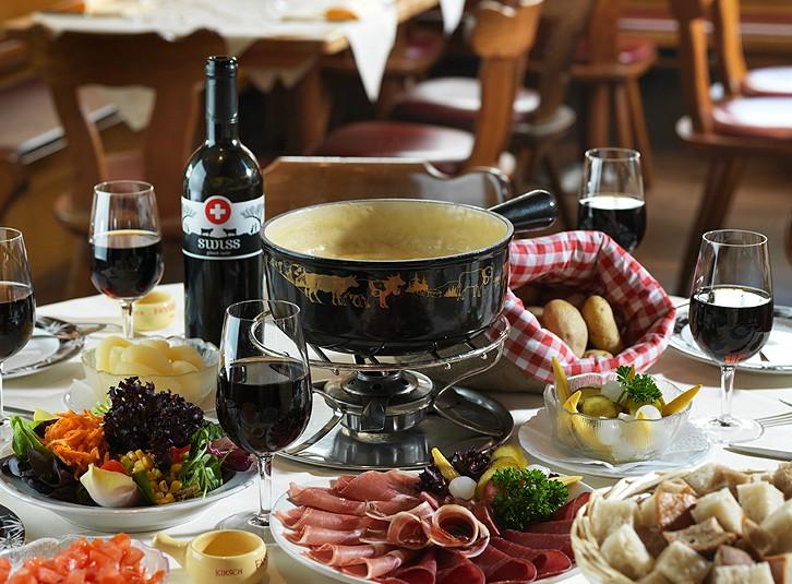 Art of Fondue - Cheese Fondue 'Moitié-Moitié' (600 g) ***Pre-Order Item***