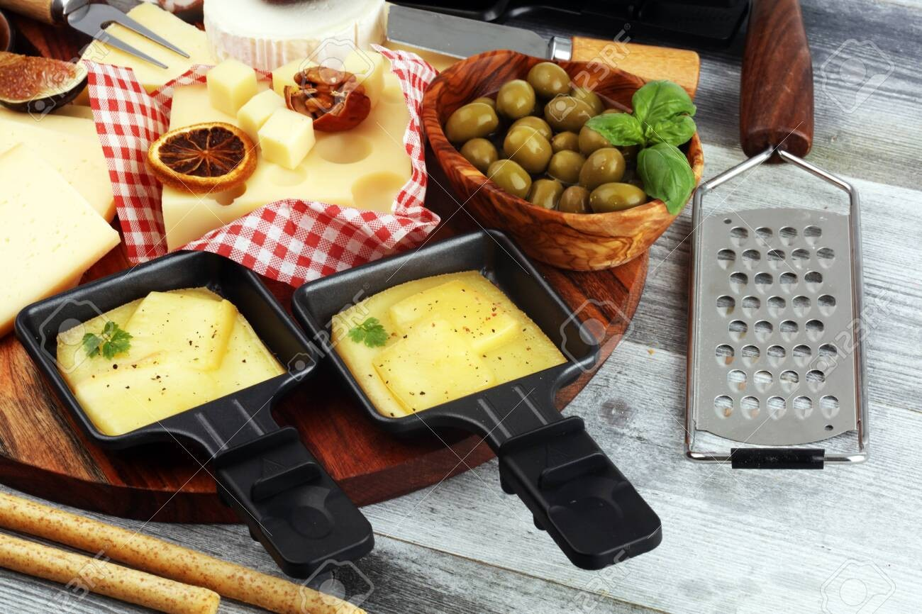 Art of Fondue - Raclette Cheese 'Nature' (500 g) ***Pre-Order Item***