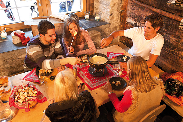 It's Fondue and Raclette Time!!!