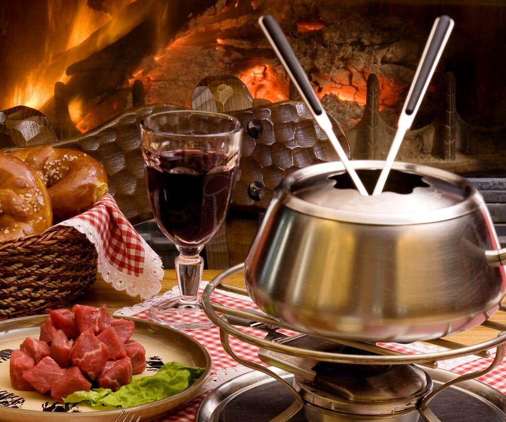 "Fondue Chinoise – The ""Swiss Hotpot"""