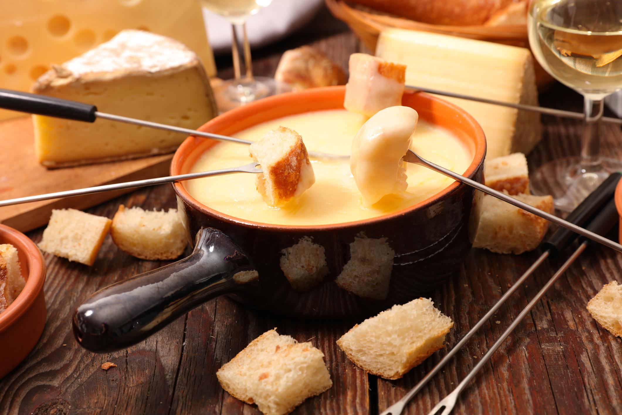 It's Swiss Fondue and Raclette Time!!!